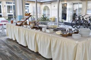 Buffet Petit déjeuner - Hotel Sampiero Corso Propriano